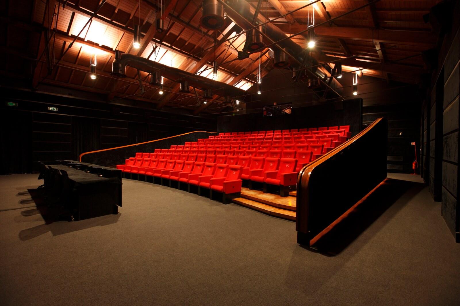 mostre e film alla Casa del Cinema